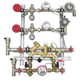 Квартирная станция для систем отопления и водоснабжения с перепускным клапаном